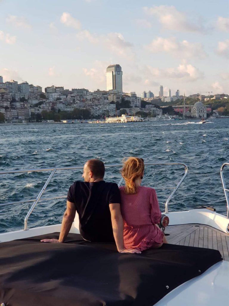 7 Tipps für deinen nächsten Istanbul-Trip: VIP Yacht Cruise auf dem Bosporus